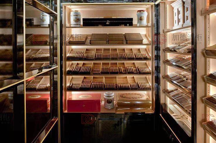 拉丝香槟金雪茄房